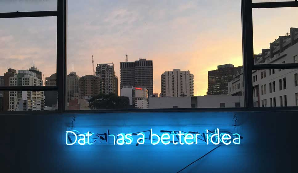 AI helps Human Capital and Recruitment: how do you keep it human? (EN, NL)